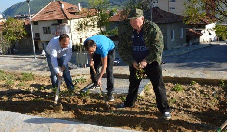 С мащабна акция социалистите в Гоце Делчев отбелязаха Първи май в аванс